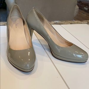 Cole Haan Gray Patent Leather Pumps, Size 7B